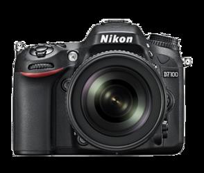 Nikon D7100 + 18-140 mm VR